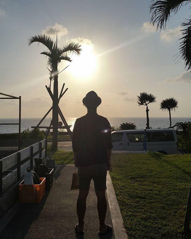 【Instagram】#okinawa #japan #沖縄 #サンセット #シルエット #1日の #終わり #レンタカーの旅 #車が変われば人生が変わる #車を楽しむ人は人生を楽しむ人 #株式会社tatsuma #タツノコモータース #自動車 #高知中古車